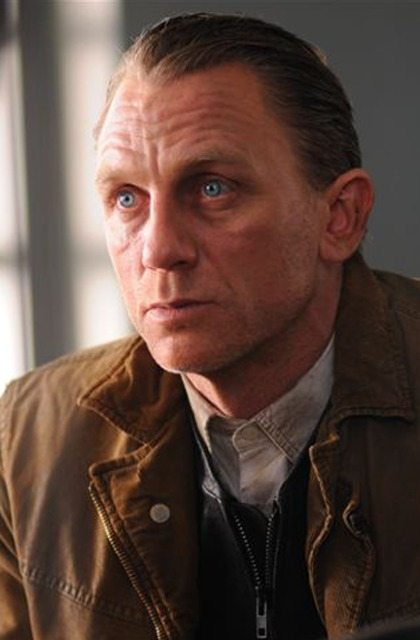 Dream House – Daniel Craig 9