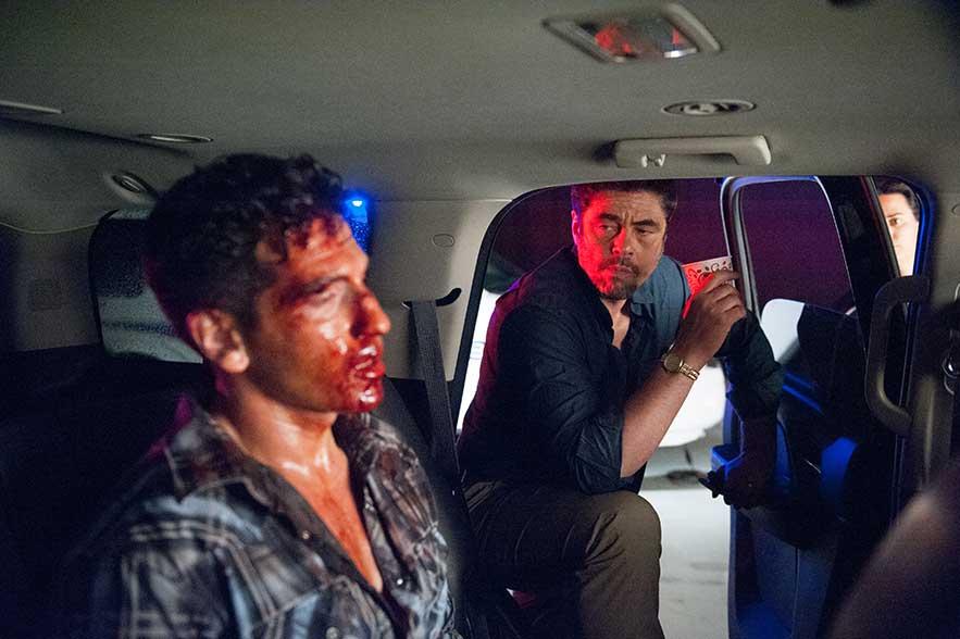 Sicario – John Bernthal and Benicio Del Toro